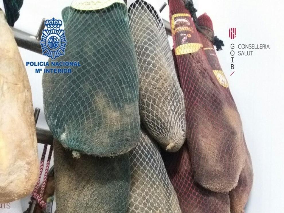 Los agentes no tienen constancia de que se haya producido ninguna intoxicación debida a la carne caducada.