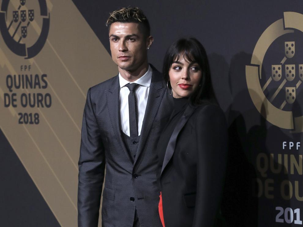 Cristiano Ronaldo junto a su pareja, Georgina Rodríguez.