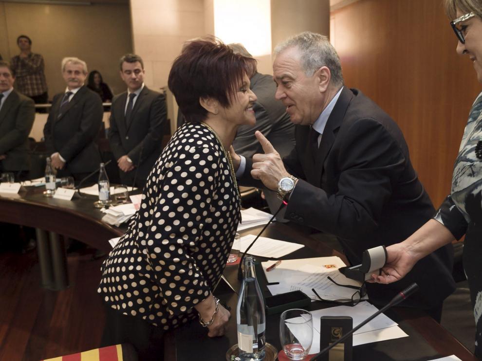 Obdulia Gracia durante su toma de posesión en sustitución de Ana Alós en la DPH, en 2016