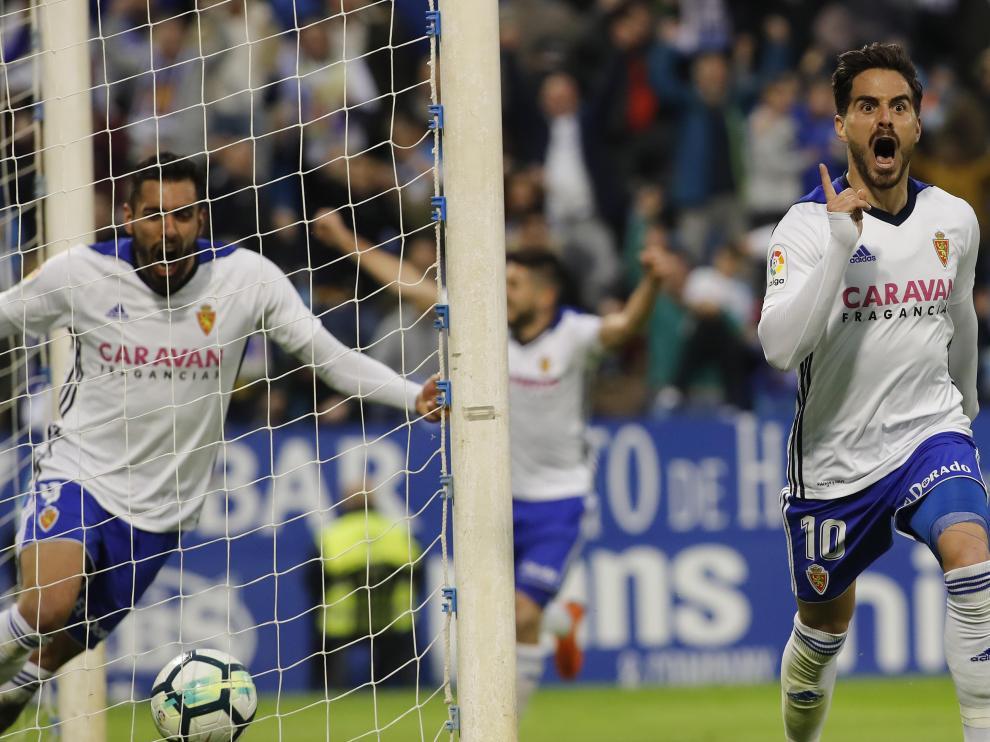 El Real Zaragoza se lleva el derbi ante el Huesca por 1-0 y apunta a lo más alto.