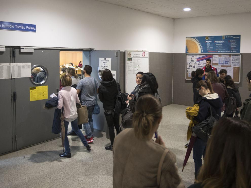 Imagen de archivo de unas oposiciones de Enfermería en Zaragoza