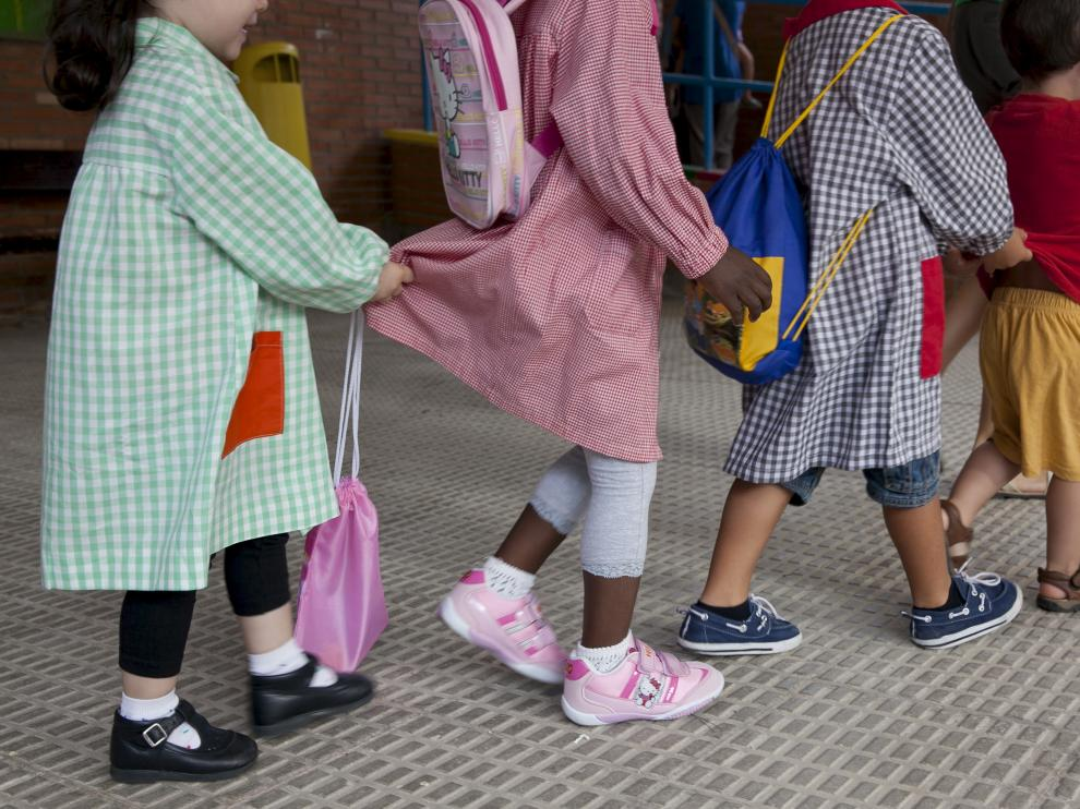 Niños de infantil en un colegio de la capital aragonesa