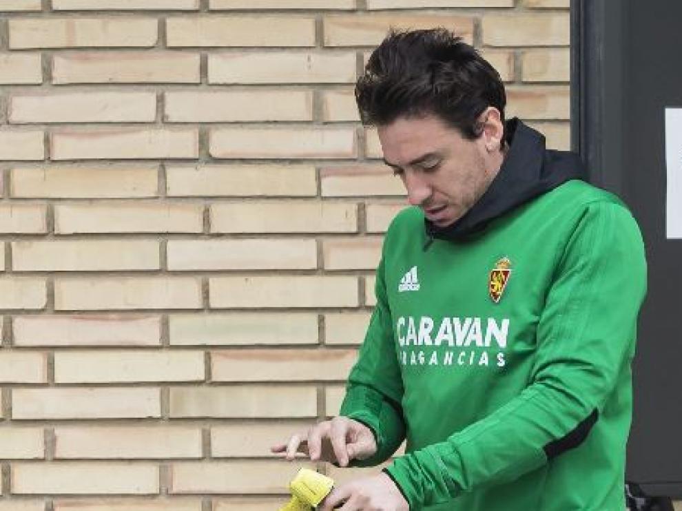 Cristian Álvarez, fuera del césped en la Ciudad Deportiva.