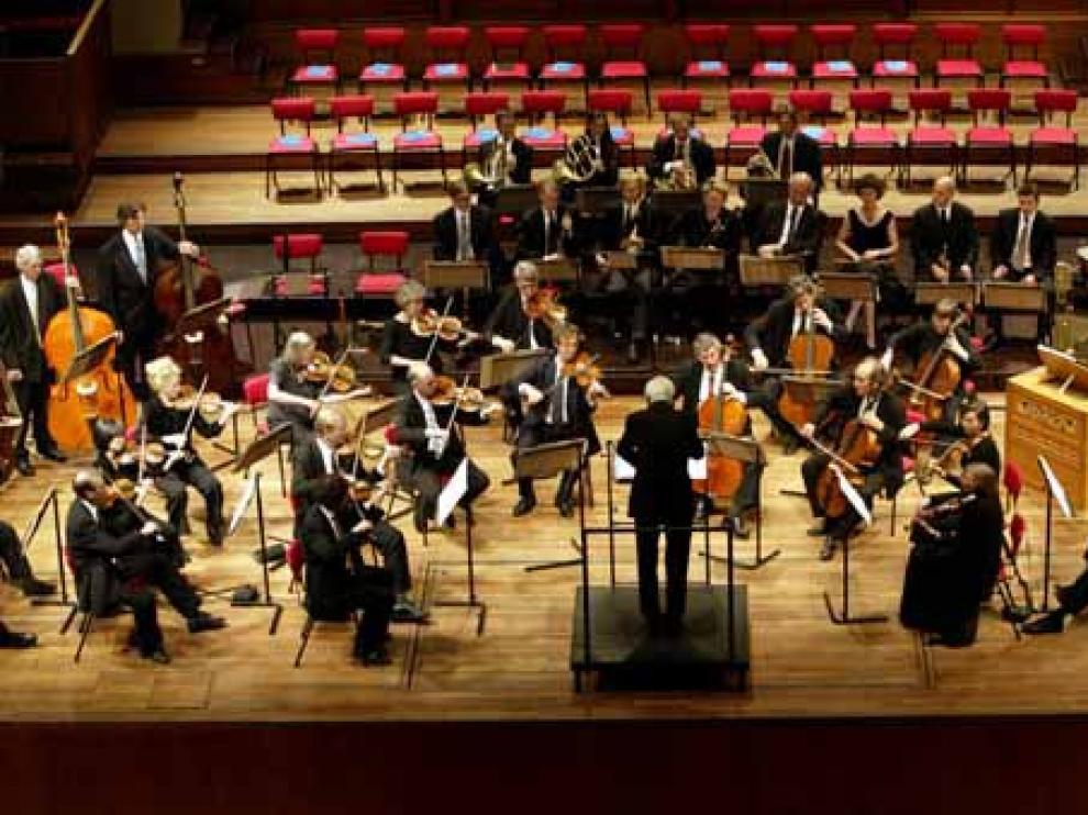 La Orquesta Sinfónica de Baleares cuenta con 25 músicos extranjeros y 37 españoles.
