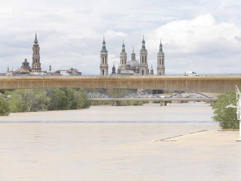 El río Ebro este jueves