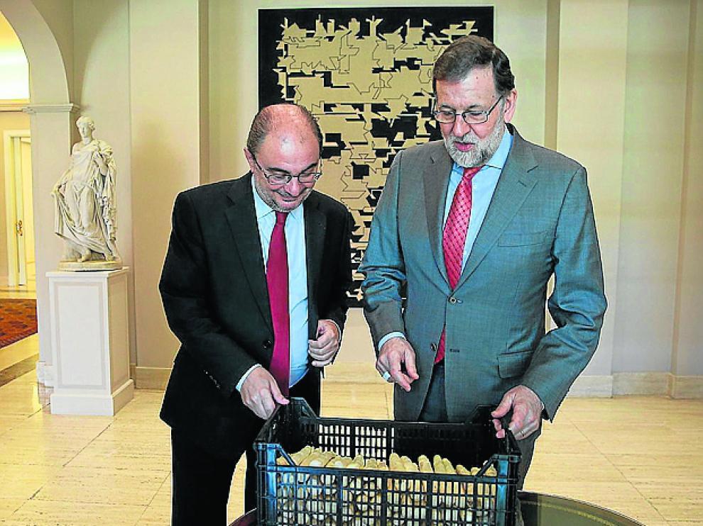 Lambán, Rajoy y los espárragos.