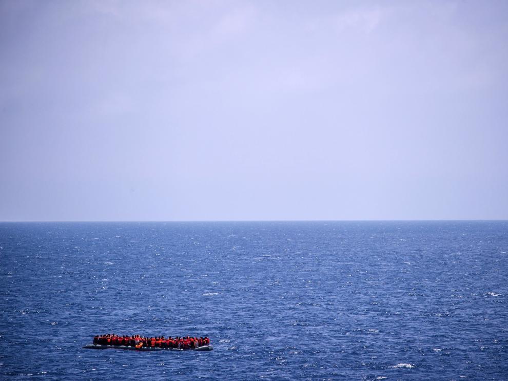 Un varón de 51 años fue rescatado del mar.