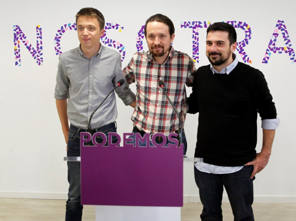 Errejón, Iglesias y Espinar durante la rueda de prensa.