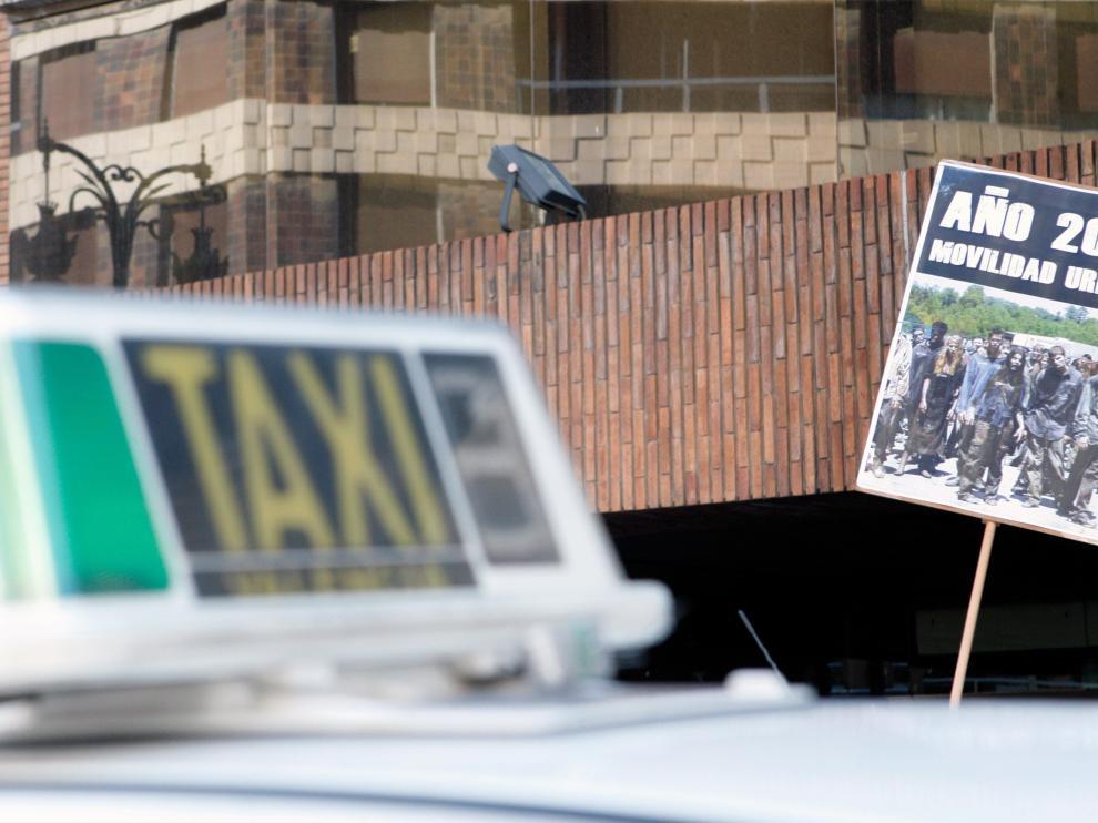 En abril había 64.217 licencias de taxi y 7.058 licencias de VTC.