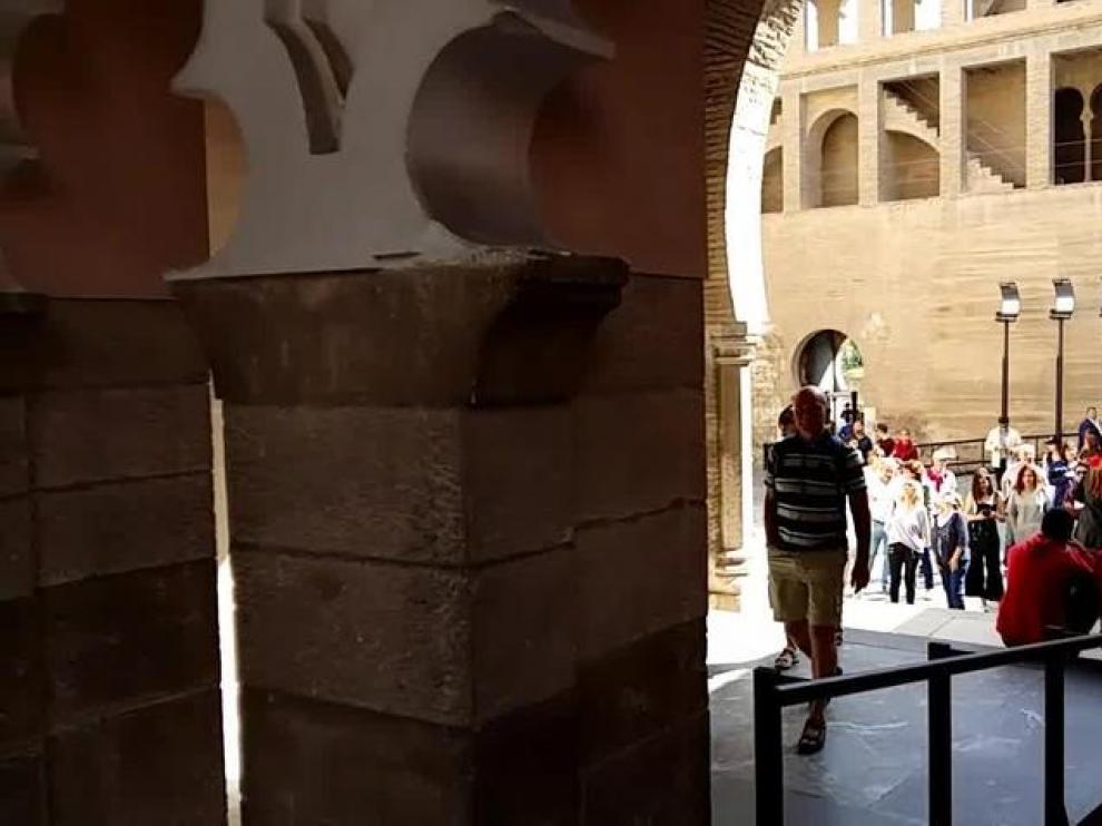 La Aljafería abre sus puertas de par en par para celebrar San Jorge