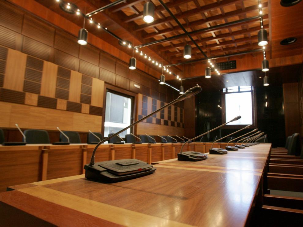 Salón de plenos del Ayuntamiento de Huesca