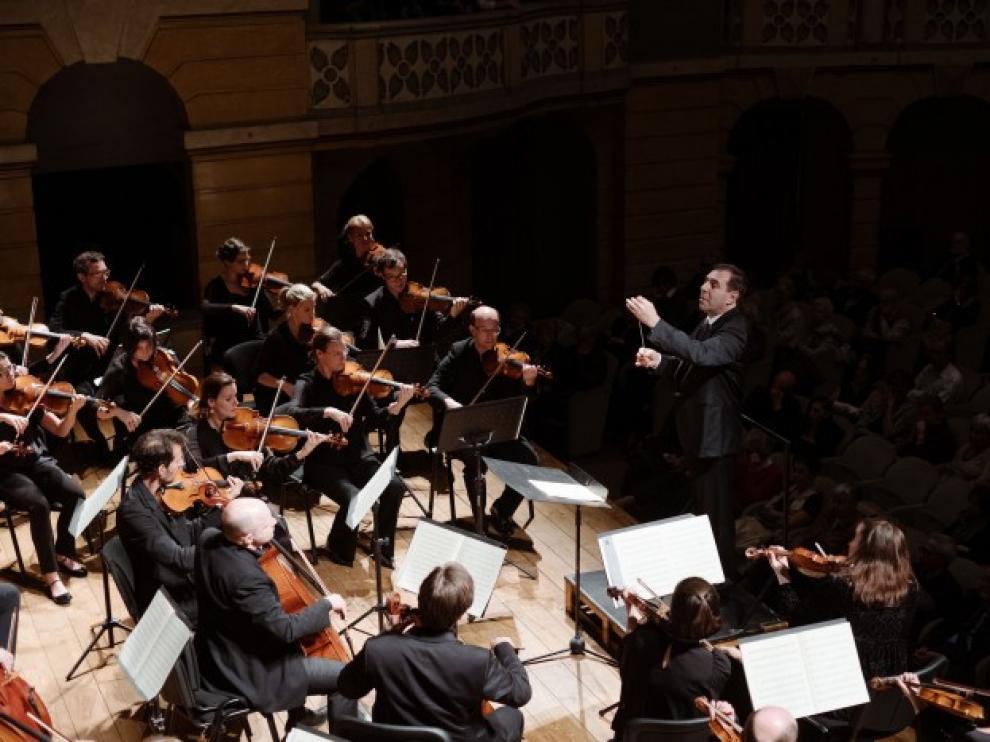 El director Gatti estará hoy con la Mahler Chamber Orchestra.