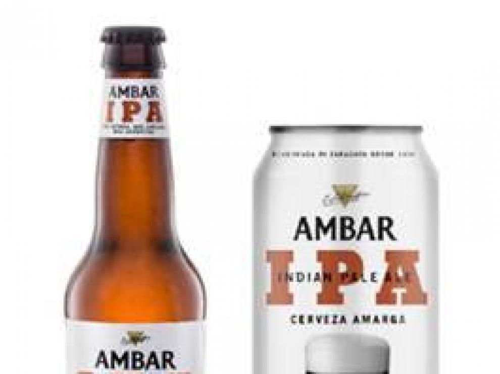 La botella y lata de la nueva cerveza Ambar IPA.