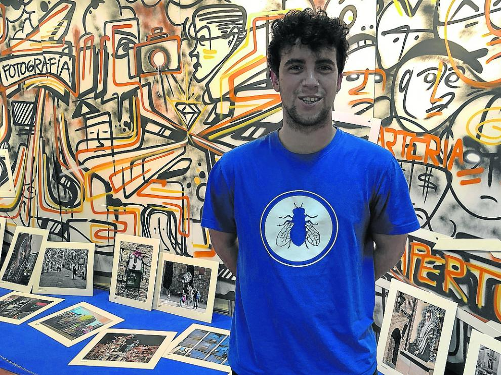 El grafitero Dani Vera, en la reciente Feria de Arte Contemporáneo de Monzón, Arteria.