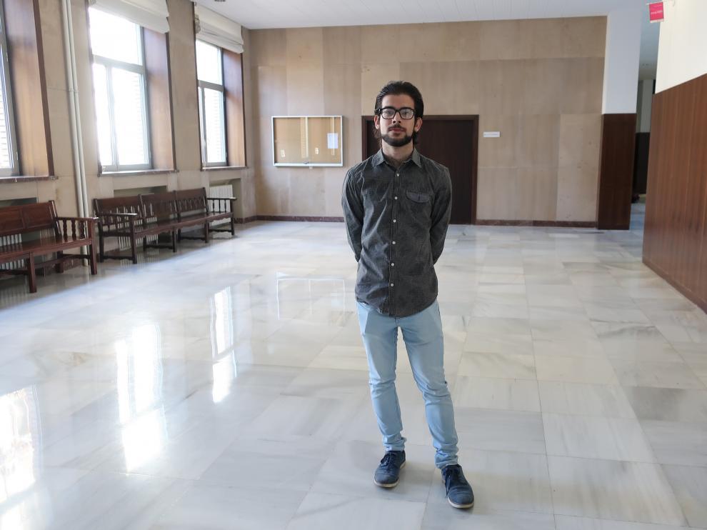 Luis Miguel Díaz, gitano estudiante de Derecho.