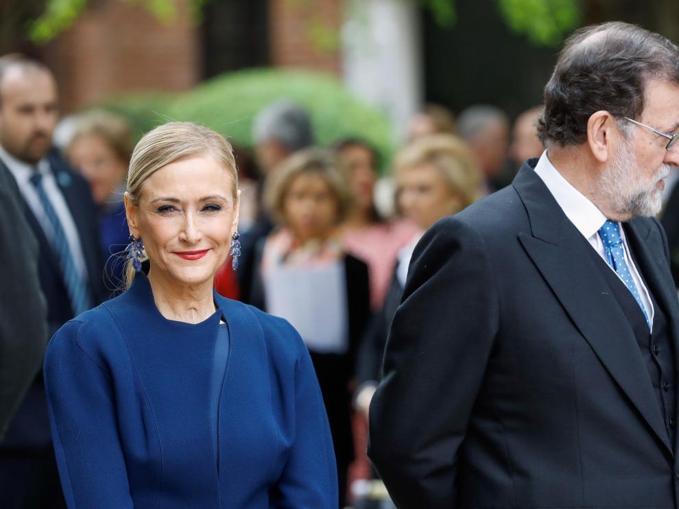 Cristina Cifuentes junto a Mariano Rajoy en el acto de entrega del Premio Cervantes