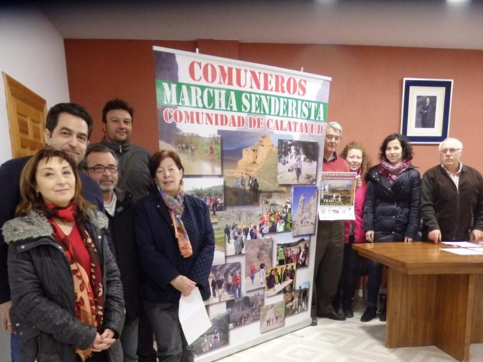 Presentación en el casino de Paracuellos de Jiloca la XXVIIª Marcha Senderista Comunidad de Calatayud.