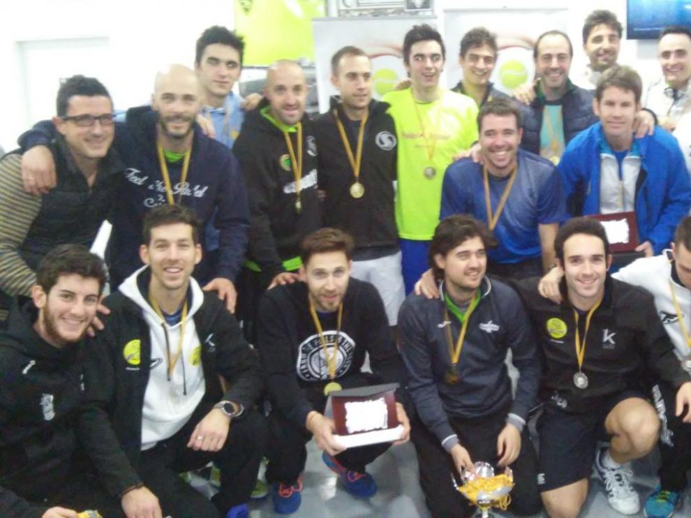 Pádel Indoor Aragón se corona con un doblete