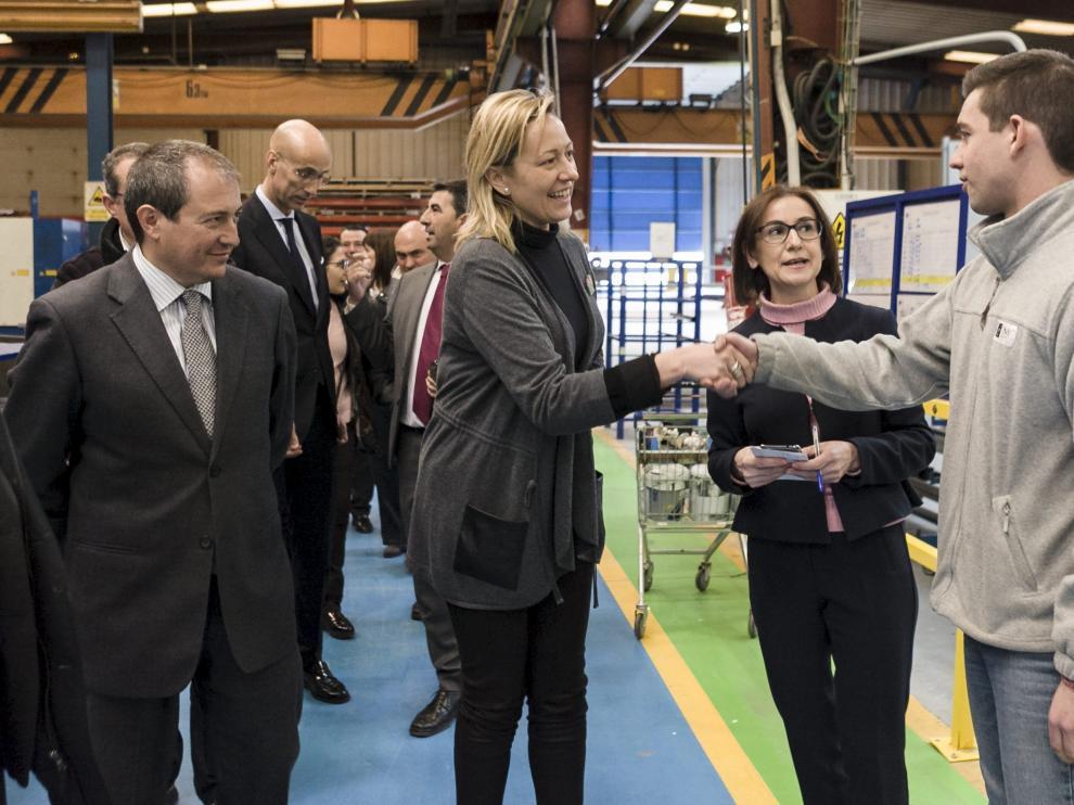 Visita de la consejera Marta Gastón en febrero a la planta de HMY Yudigar en Cariñena