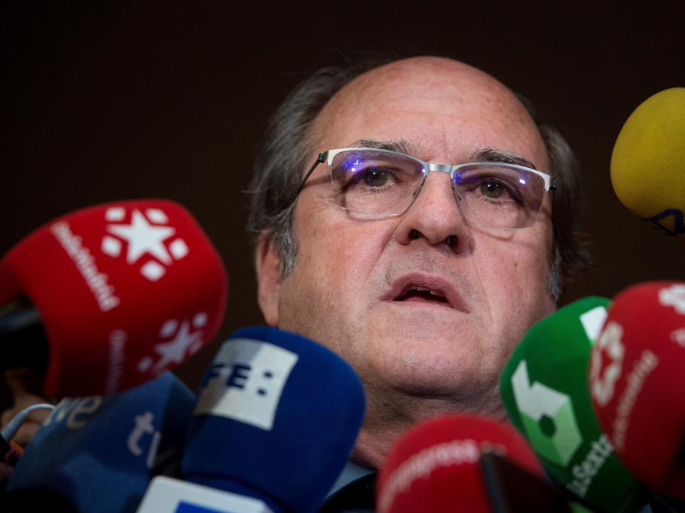 El socialista Ángel Gabilondo se ha ofrecido como candidato a la presidencia de la Comunidad de Madrid.