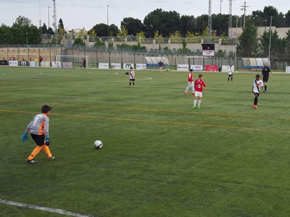 Fútbol. Benjamín Preferente. Stadium Venecia vs. Juventud