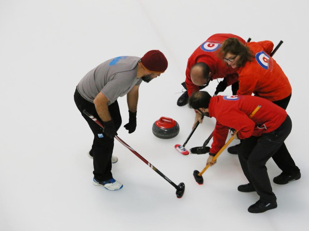 Buen comienzo del Club Hielo Jaca en el arranque de la Liga de España Norte Sur de Curling