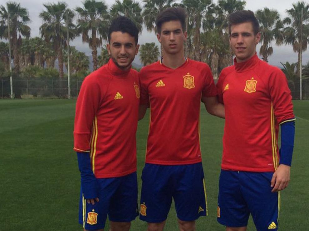 Manuel Morlanes, Alejandro Millán y David Subías con la selección española sub 17