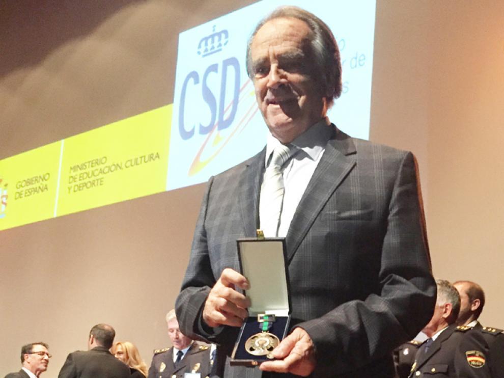 Óscar Fle recibió la medalla de bronce de la Real Orden del Mérito Deportivo