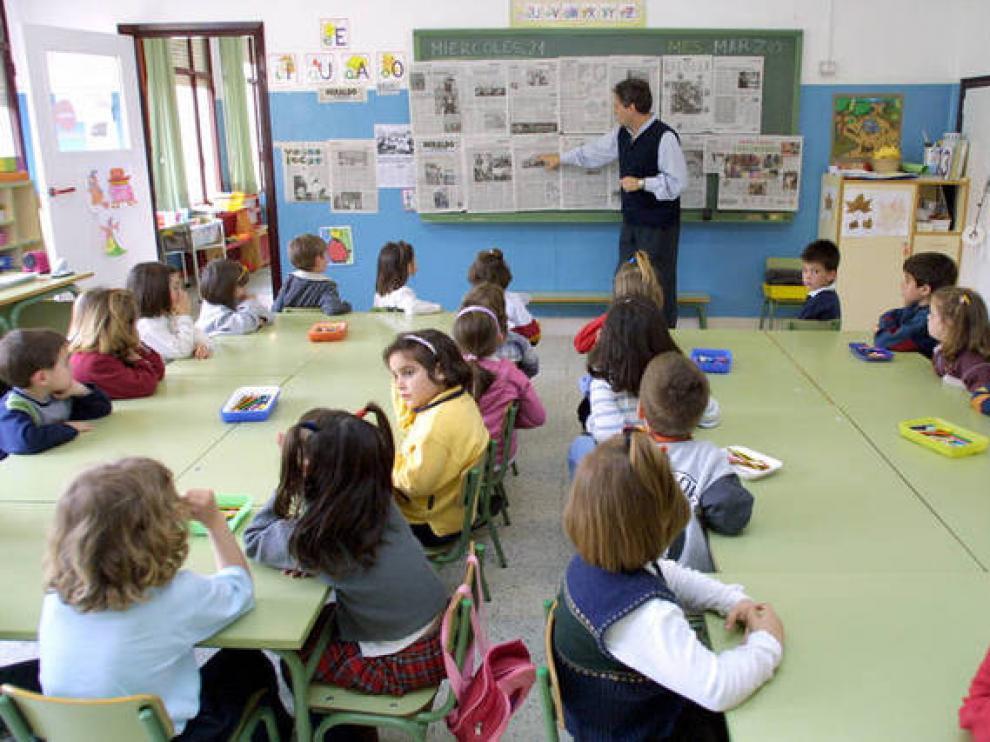 Imagen de archivo del colegio Guillermo Fatás, uno de los que tienen jornada continua en la ciudad de Zaragoza.