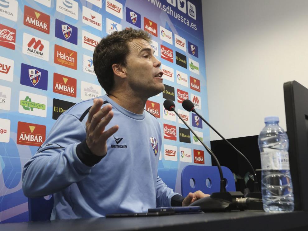 Joan Francesc Ferrer 'Rubi', entrenador del Huesca, este jueves durante su comparecencia ante los medios de comunicación.
