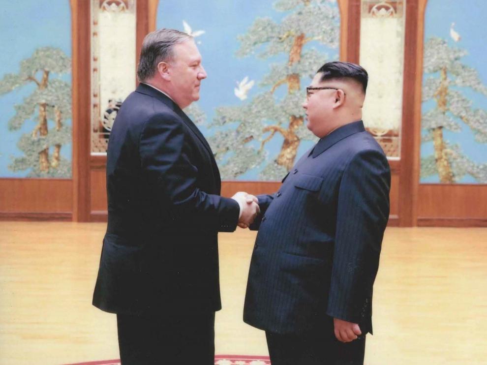 Imagen del encuentro mantenido entre Pompeo y Kim Jong-un.