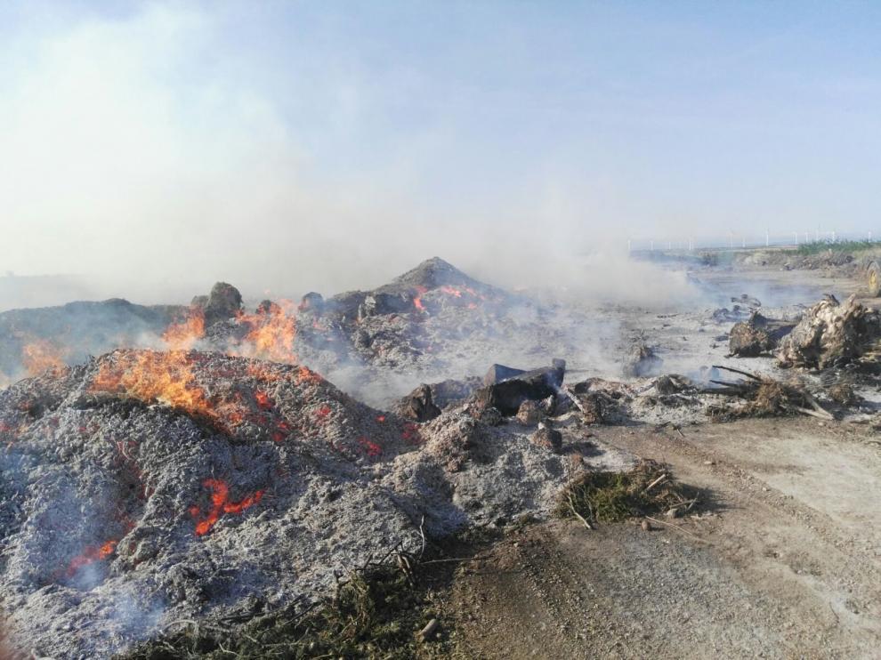 Incendio en un vertedero de La Muela.