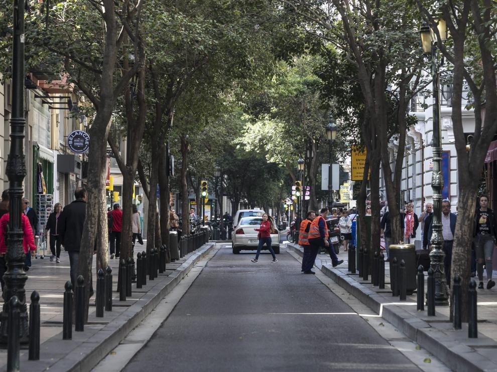 Turistas, residentes, vecinos de la margen izquierda... Don Jaime es una las calles más transitadas. José Miguel Marco