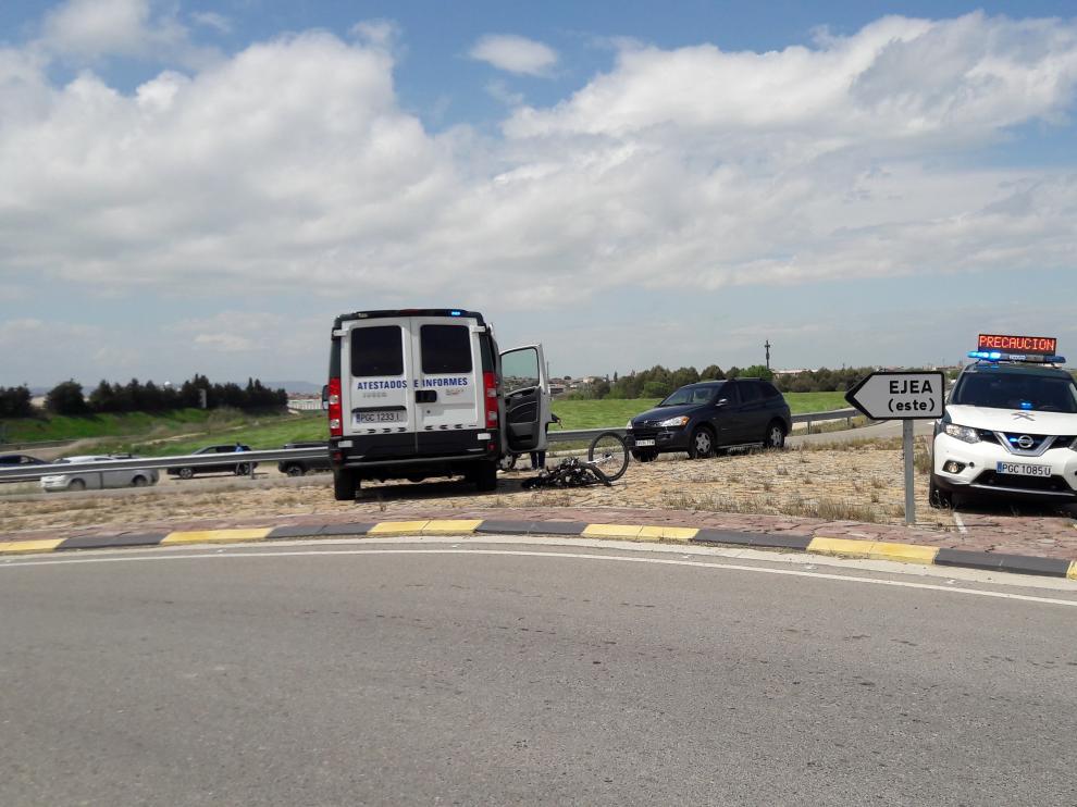 Lugar donde ha fallecido el ciclista en las proximidades de Ejea