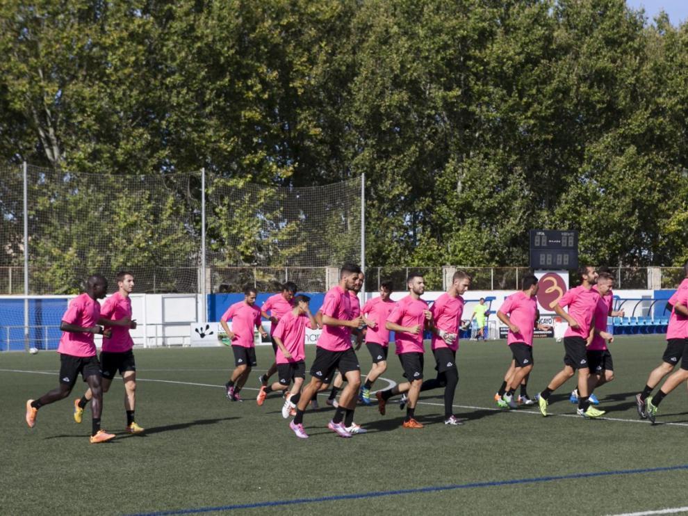 Primer día de entrenamiento de la pretemporada del Ebro en 2016.