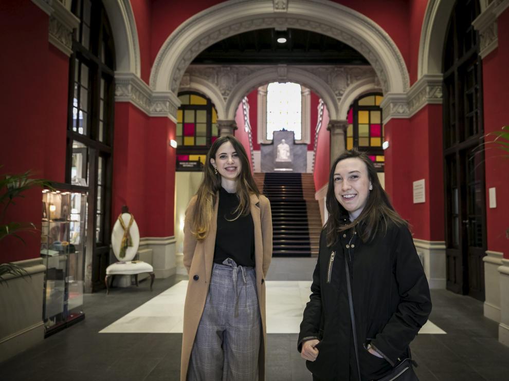 Alba Perales e Isabel García han hecho elMIR y empezarán su formación a finales de mayo.