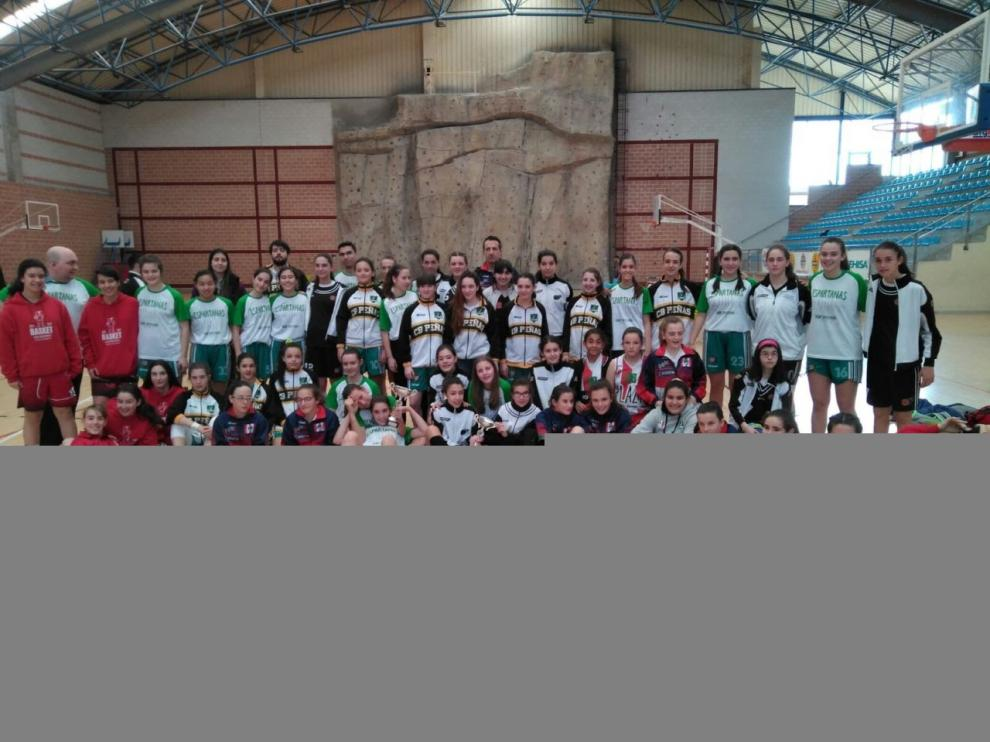 Participantes en el Provincial de Huesca infantil femenino.