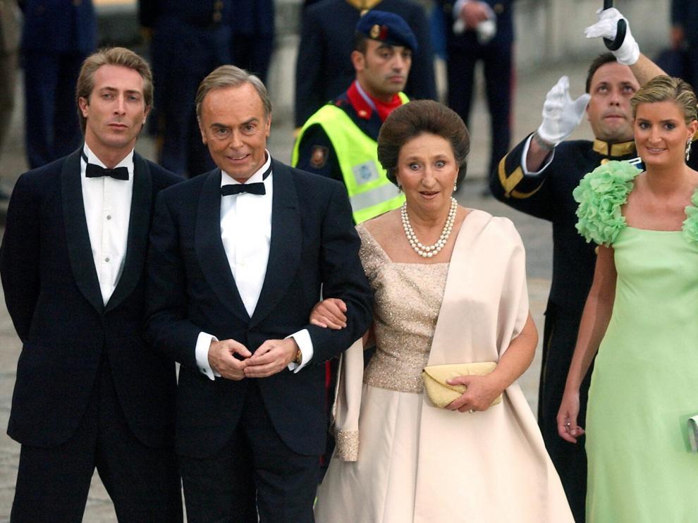 A la derecha, María Zurita en una imagen de 2004.