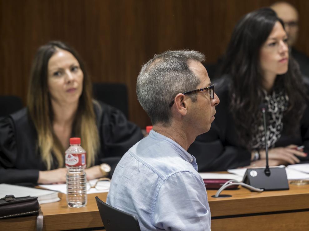 El acusado, durante la primera sesión del juicio que se celebra ante un jurado popular en la Audiencia de Zaragoza.