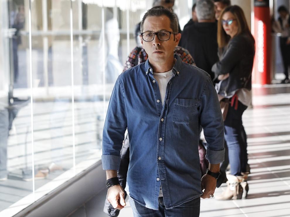 Francisco Canela Grima durante el juicio en los pasillos de la Audiencia Provincial de Zaragoza.