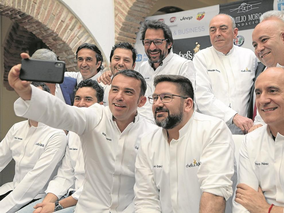 Los 'chefs' participantes en la presentación de la iniciativa, que tuvo lugar en Marbella.