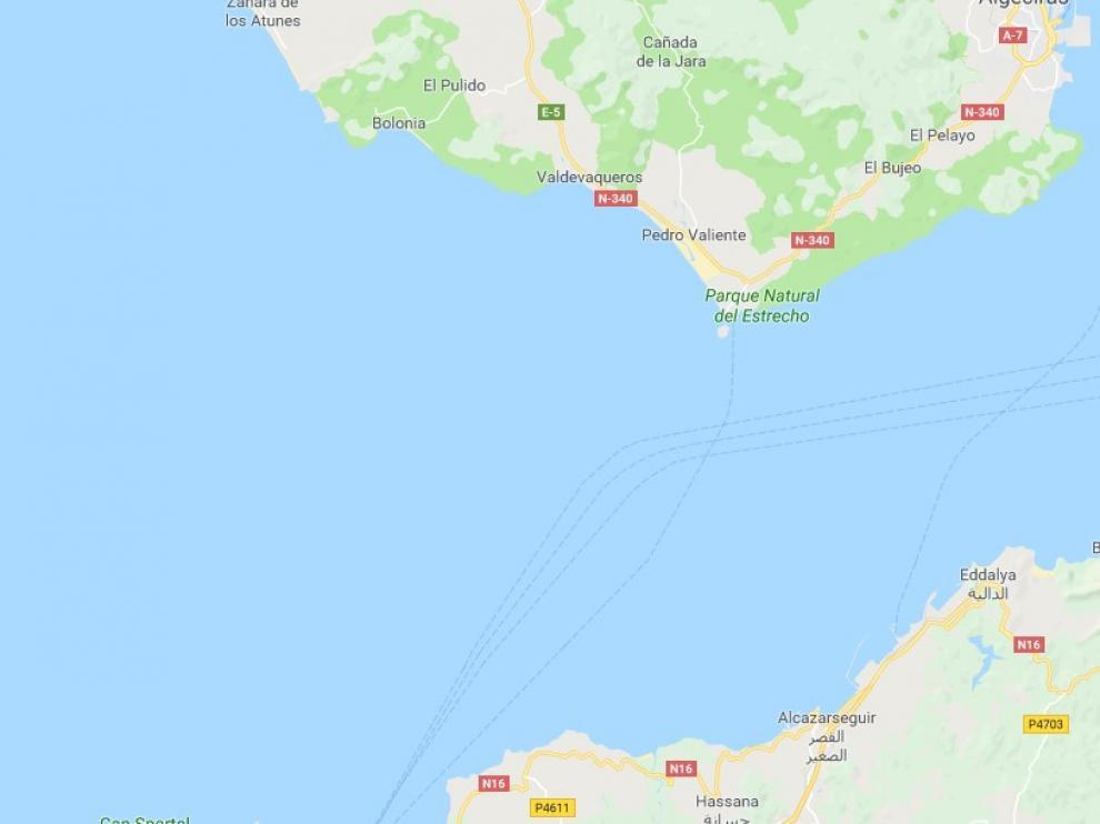 Un nuevo rescate eleva a 50 los inmigrantes rescatados este sábado en el Estrecho