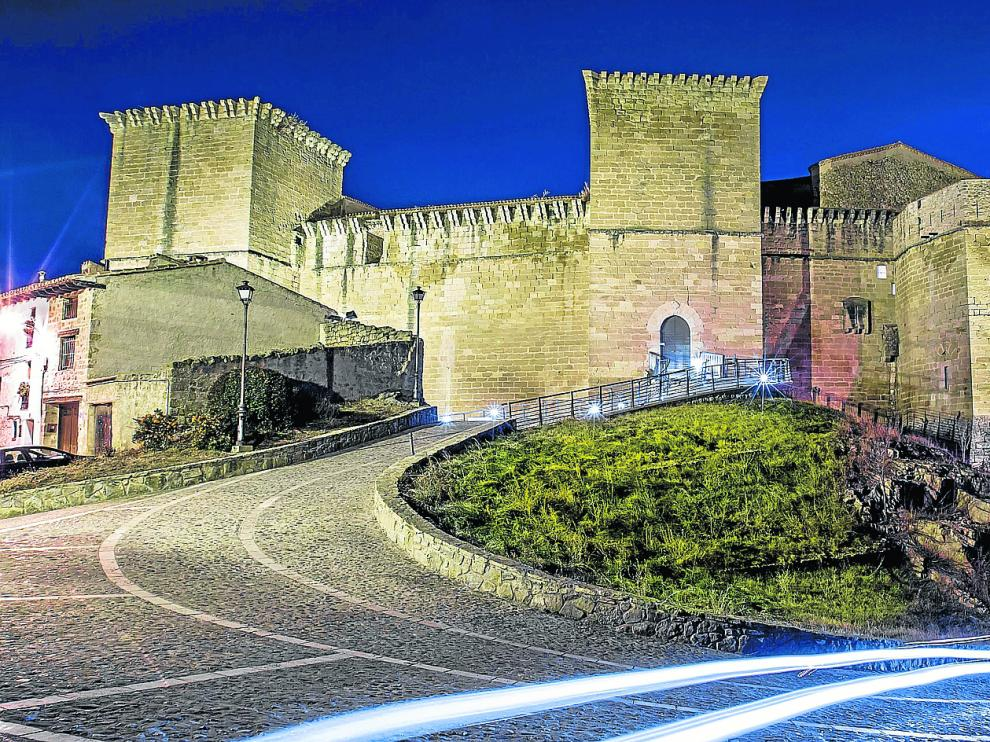 El castillo de los Fernández de Heredia, en Mora de Rubielos, está incluido en los Bienes de Interés Cultural del patrimonio aragonés.