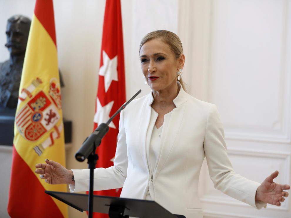 Cristina Cifuentes, durante el discurso en el que anunció su renuncia a la presidencia de la Comunidad de Madrid.