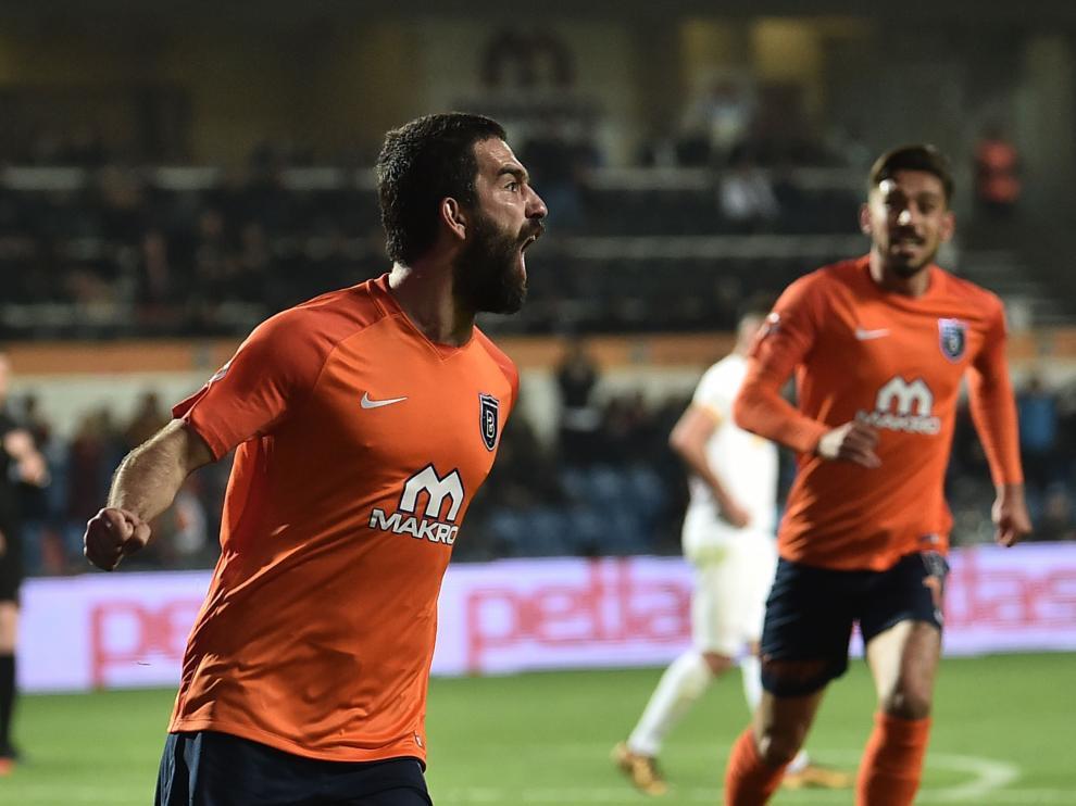 El jugador turco Arda Turán, celebrando un gol el pasado 20 de abril.
