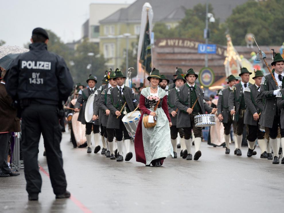 Desfile de la Oktoberfest.
