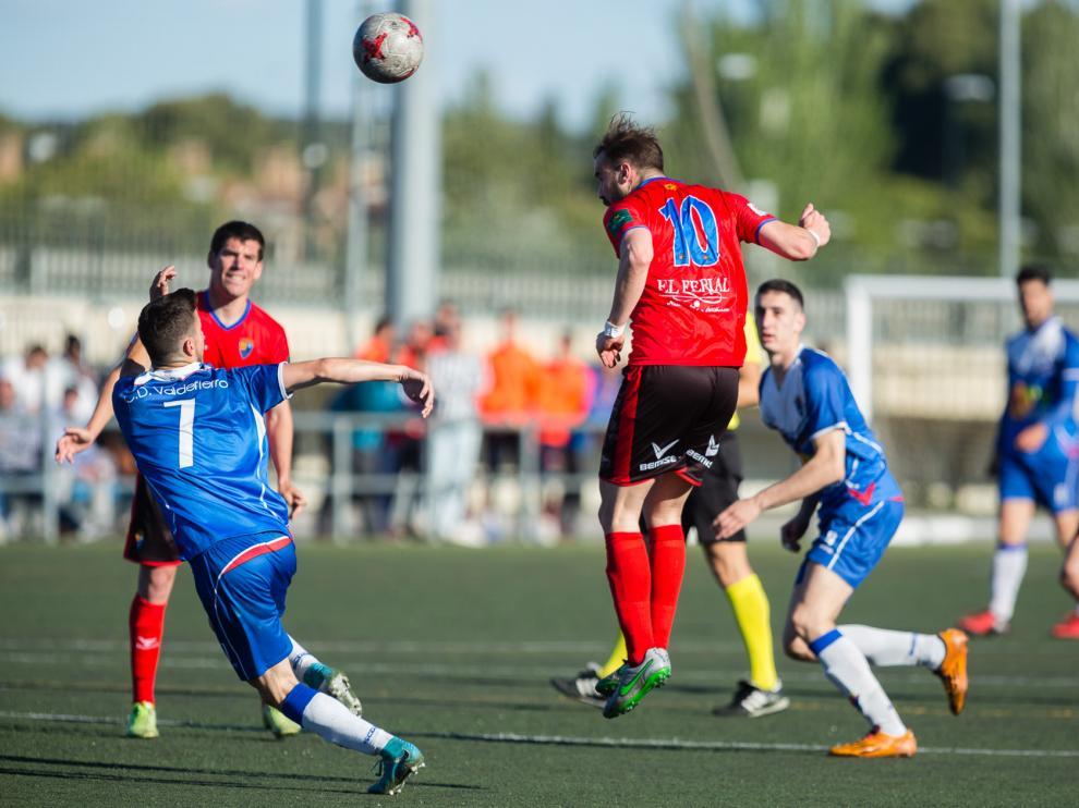 Fútbol. Tercera División- Valdefierro vs. Teruel. Daniel Marzo
