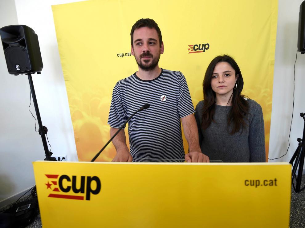 lluc Salelles y Maria Sirvent, miembros de la CUP.