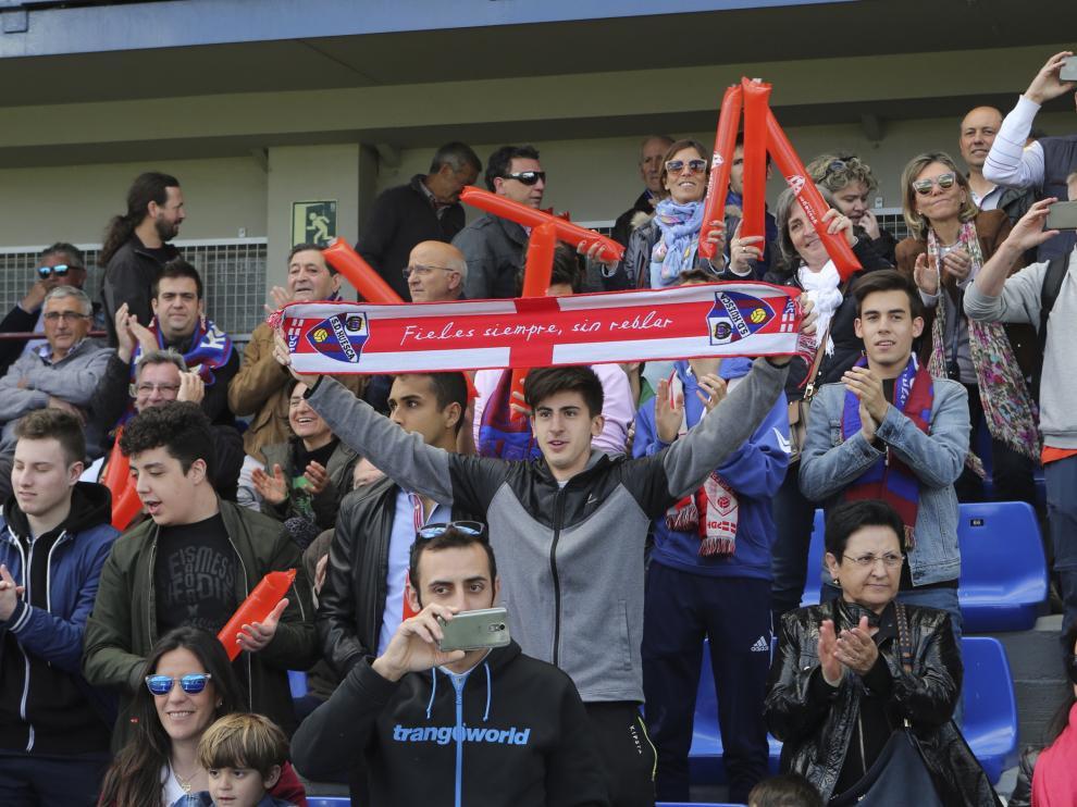 Los aficionados azulgranas se están volcando con el equipo, como se vio el domingo llenando El Alcoraz