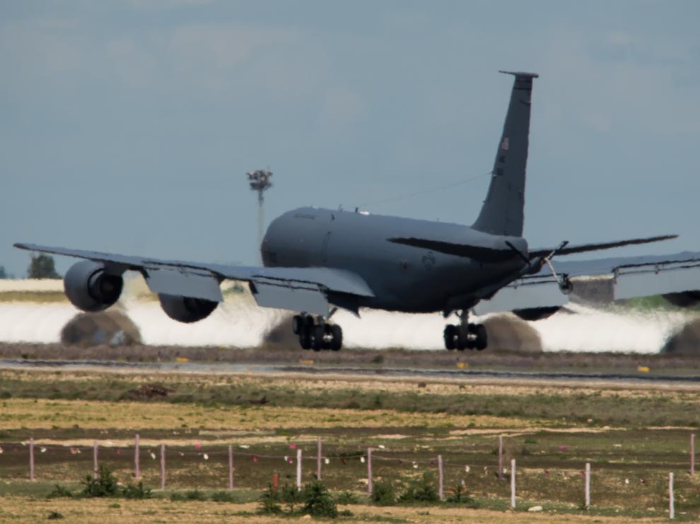 Un avión de transporte KC-135 procedente de EE.UU llegó el pasado lunes día 7 a la base de Zaragoza. Es el tercero que se suma al despliegue